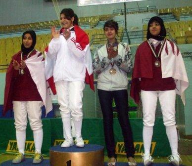 Rita Abou Jaoudé sur la plus haute marche du podium - Damas - Syrie - décembre 2009