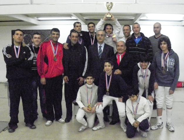 Podium du championnat de fleuret par équipes
