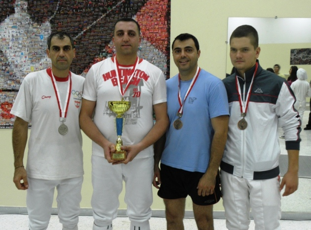 Podium hommes: Victor Fayad (argent), Chafic El Khoury (or) Georges Fayad et Toni Haykal (bronze)