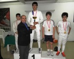 Podium du Champonnat du Liban de Fleuret Masculin U13 - Gio Daou (argent), Souhail Saad, Anthony Chouéri (or), Amir Chamseddine et Tarek Dakkache (bronze ex-aequo)