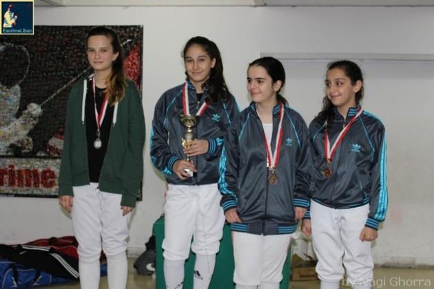 Podium de la Coupe du Liban 2014 féminine U16 - Vika Haikal argent, Marie-Joe Aboujaoudé or, Léa Khairallah et Naï Salameh bronnze